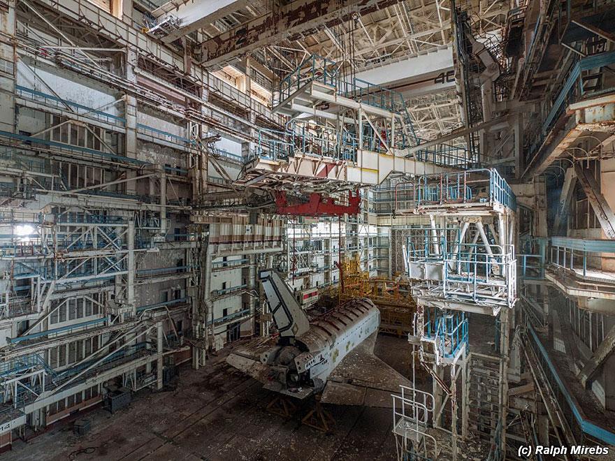 space-shuttle-sovietico-hangar-abbandonato-buran-cosmodomo-baikonur-08