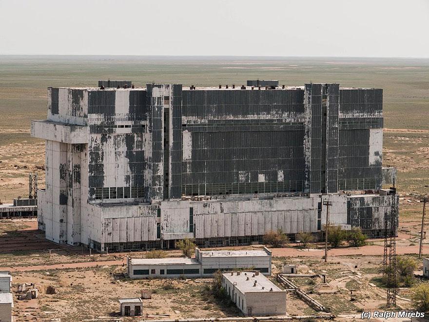 space-shuttle-sovietico-hangar-abbandonato-buran-cosmodomo-baikonur-12