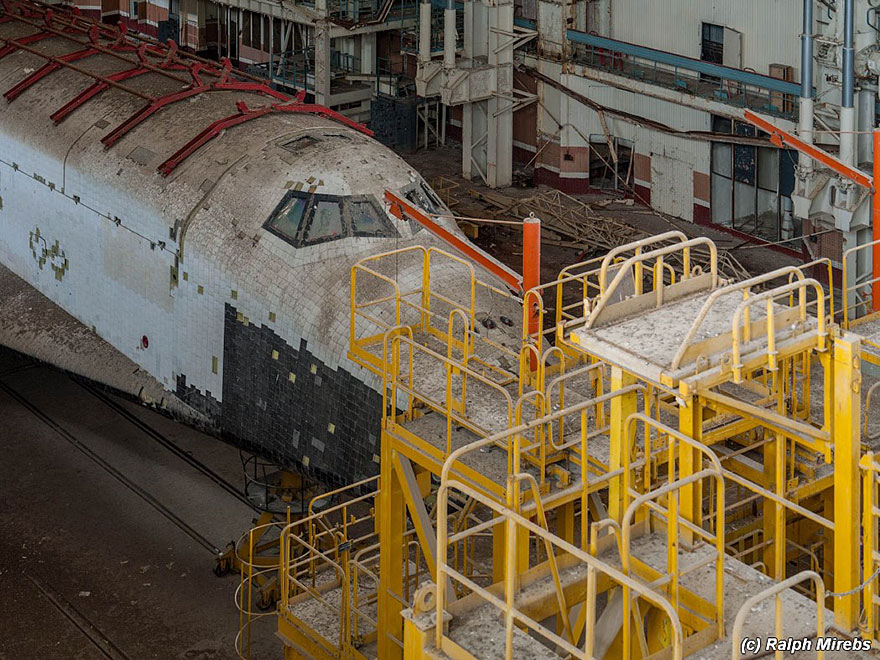 space-shuttle-sovietico-hangar-abbandonato-buran-cosmodomo-baikonur-15