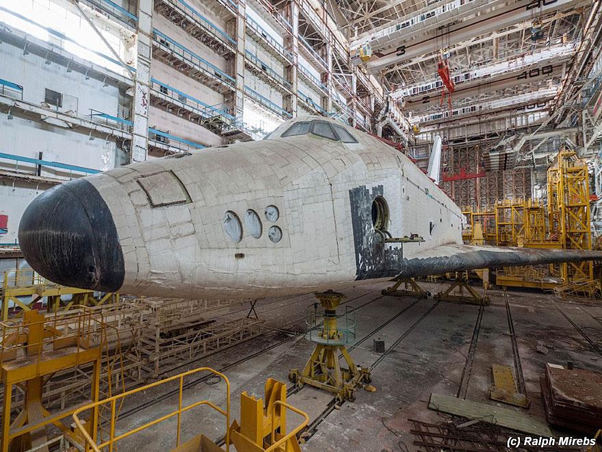 space-shuttle-sovietico-hangar-abbandonato-buran-cosmodomo-baikonur-16