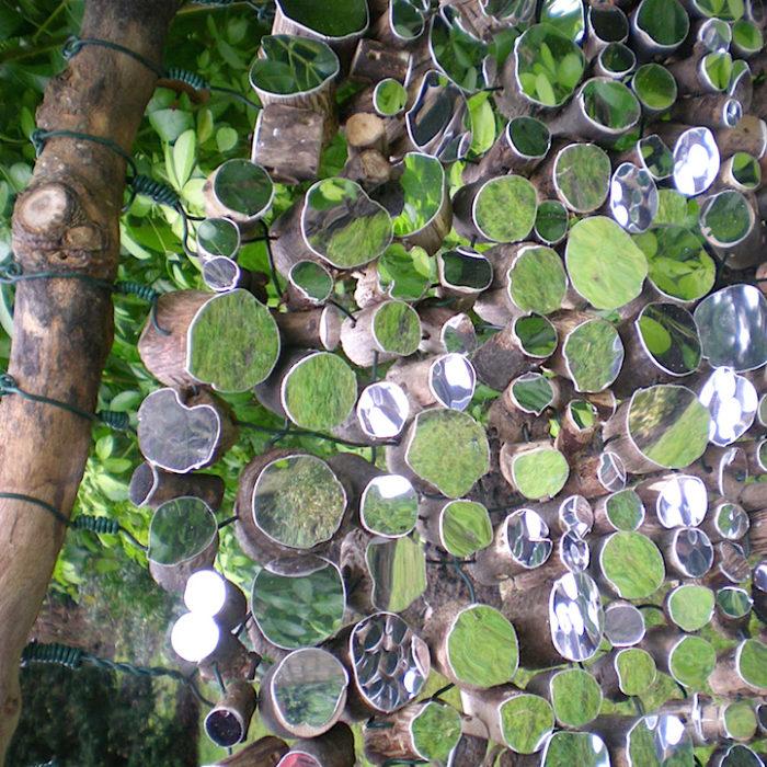splendide-installazioni-specchi-legno-natura-lee-borthwick-09