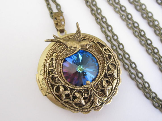 splendidi-gioielli-ispirati-games-of-thrones-fantasy-metalli-antichi-swarovski-rana-levy-6