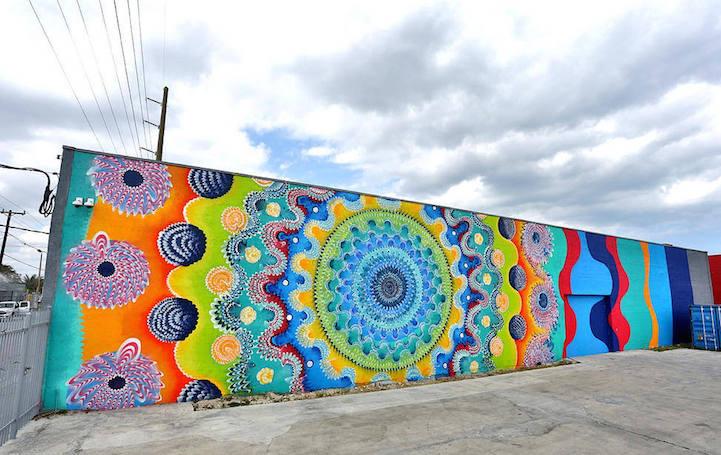 Street art disegni geometrici murales colorati hoxxoh 1 keblog - Sculptures metalliques murales ...