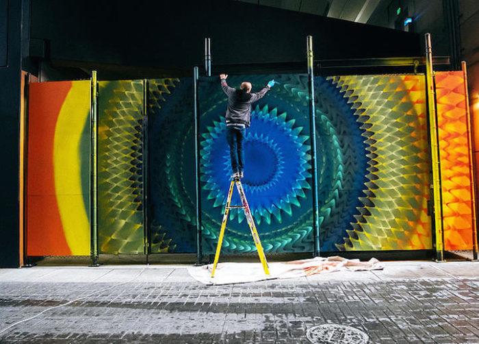 street-art-disegni-geometrici-murales-colorati-Hoxxoh-5