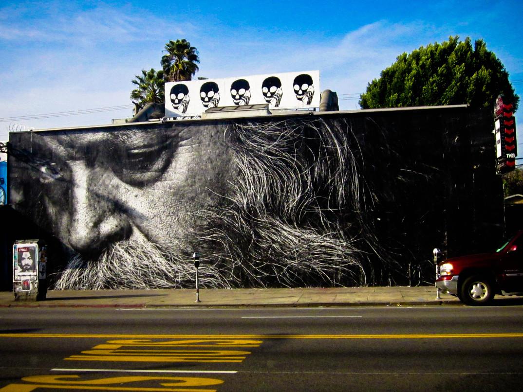 street-art-wrinkles-of-the-city-havana-los-angeles-shanghai-istanbul-jr-04
