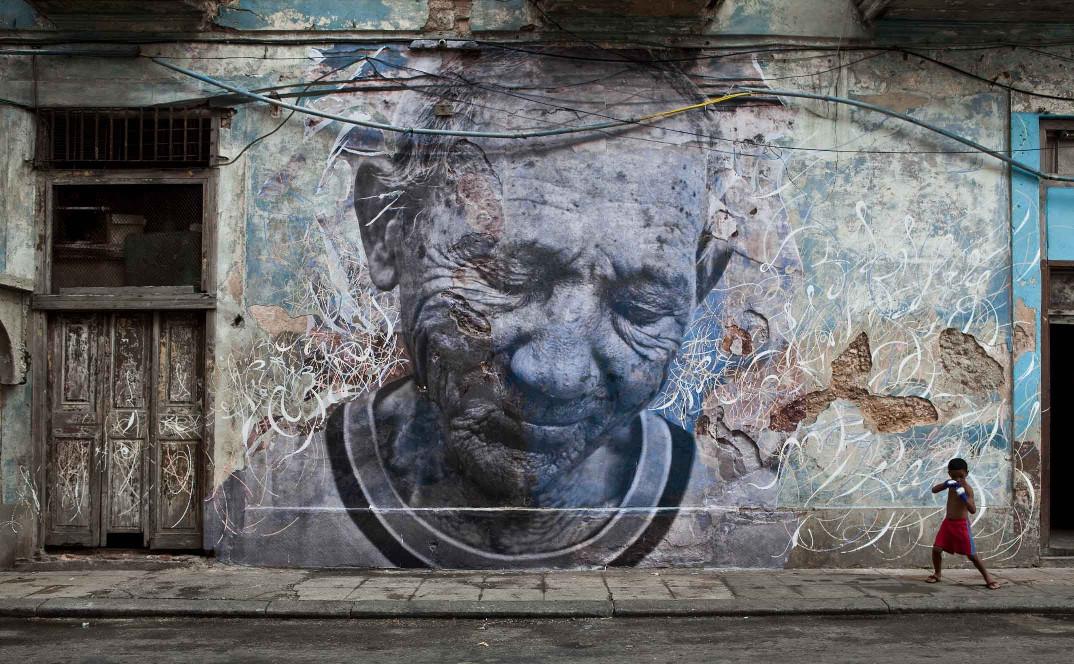 street-art-wrinkles-of-the-city-havana-los-angeles-shanghai-istanbul-jr-17