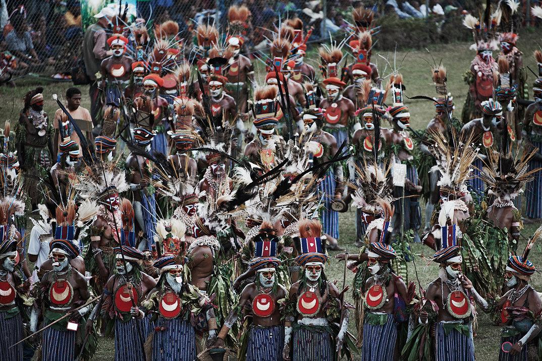 tribu-indigeni-mondo-fotografia-before-they-pass-away-jimmy-nelson-04