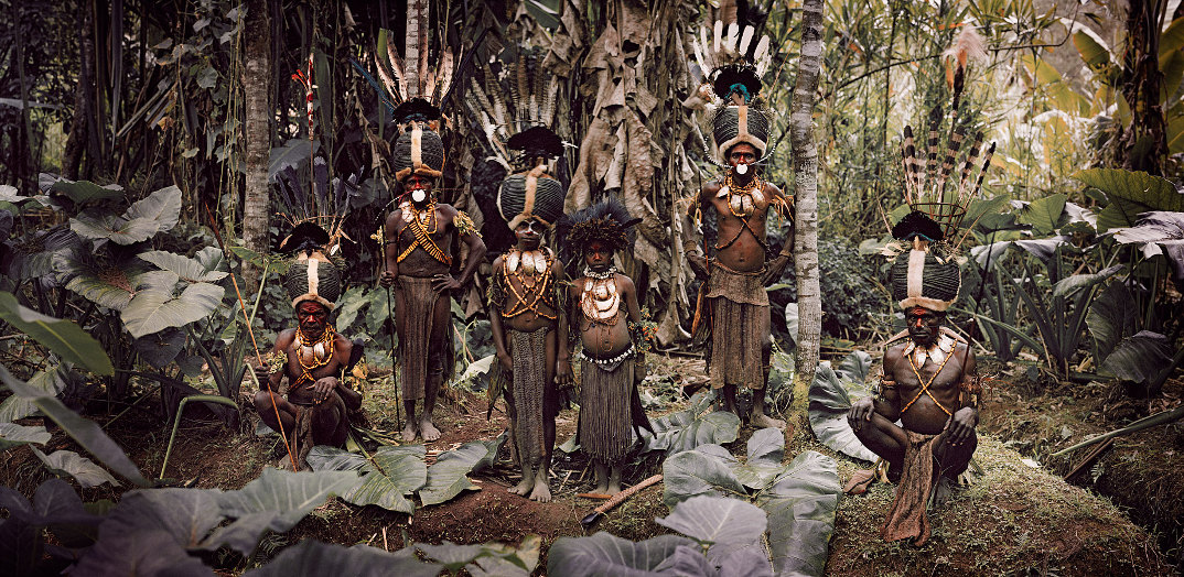 tribu-indigeni-mondo-fotografia-before-they-pass-away-jimmy-nelson-05