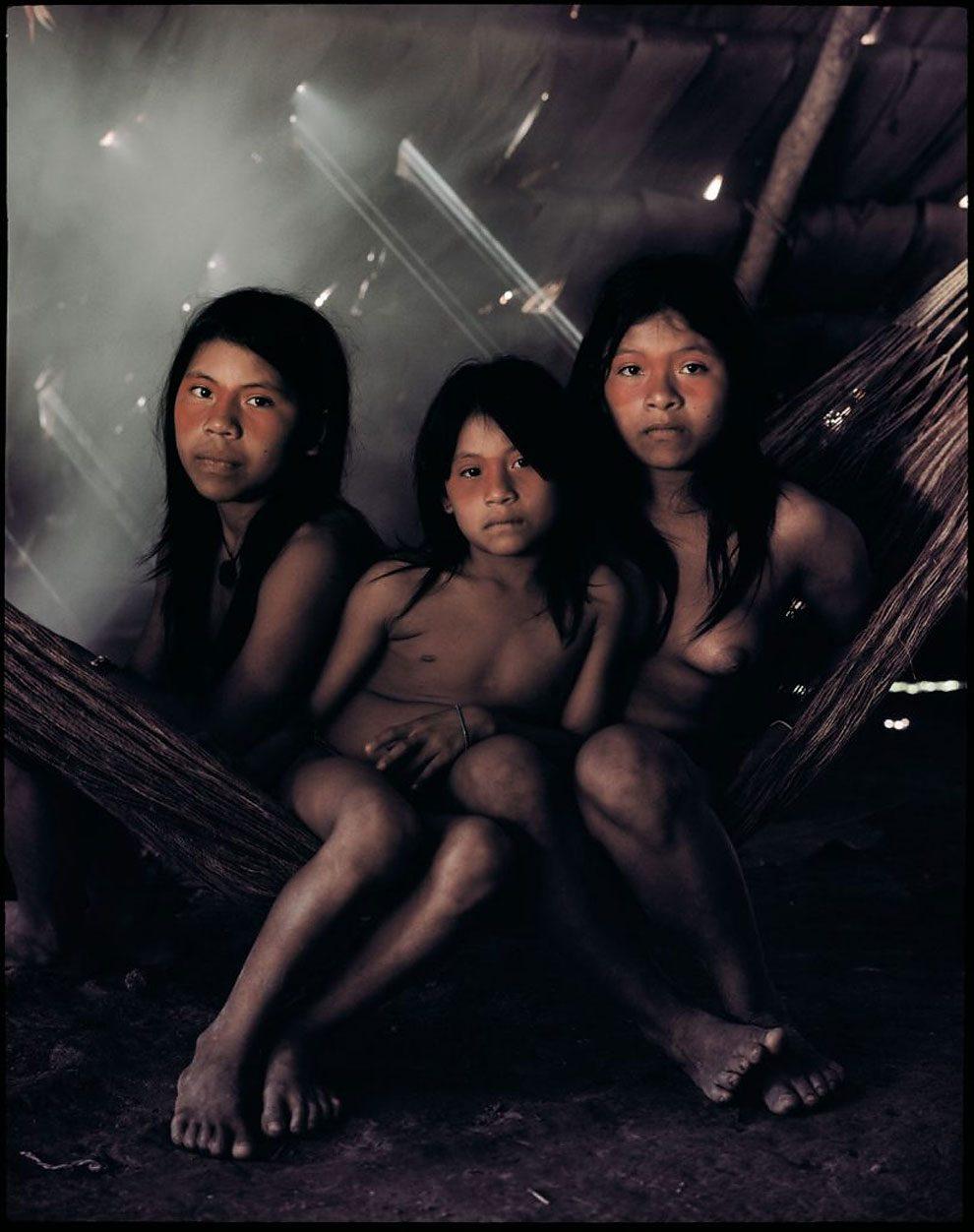 tribu-indigeni-mondo-fotografia-before-they-pass-away-jimmy-nelson-10
