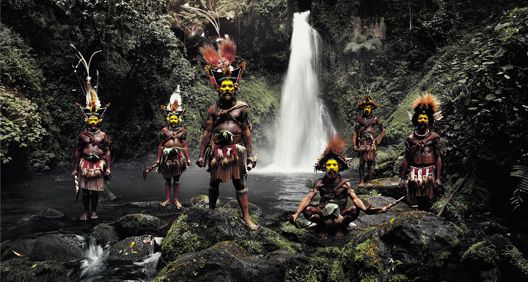 tribu-indigeni-mondo-fotografia-before-they-pass-away-jimmy-nelson-11