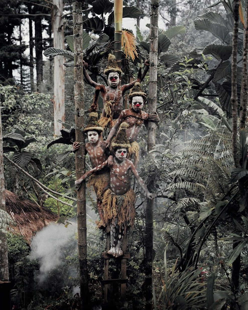 tribu-indigeni-mondo-fotografia-before-they-pass-away-jimmy-nelson-36
