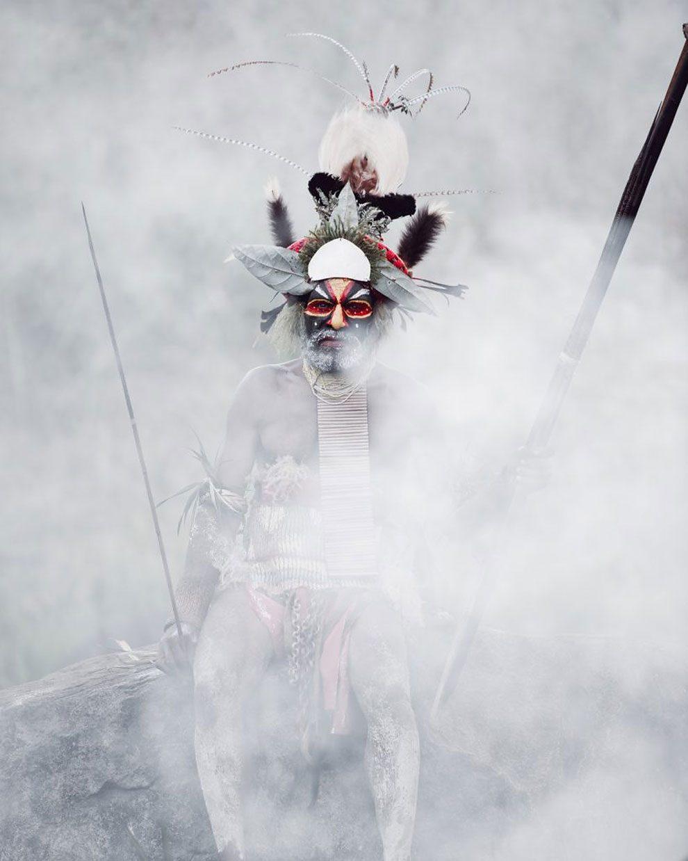 tribu-indigeni-mondo-fotografia-before-they-pass-away-jimmy-nelson-37