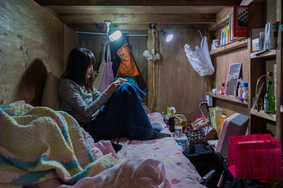 vivere-in-spazio-piccolo-camera-abitazione-casa-fotografia-won-kim-01