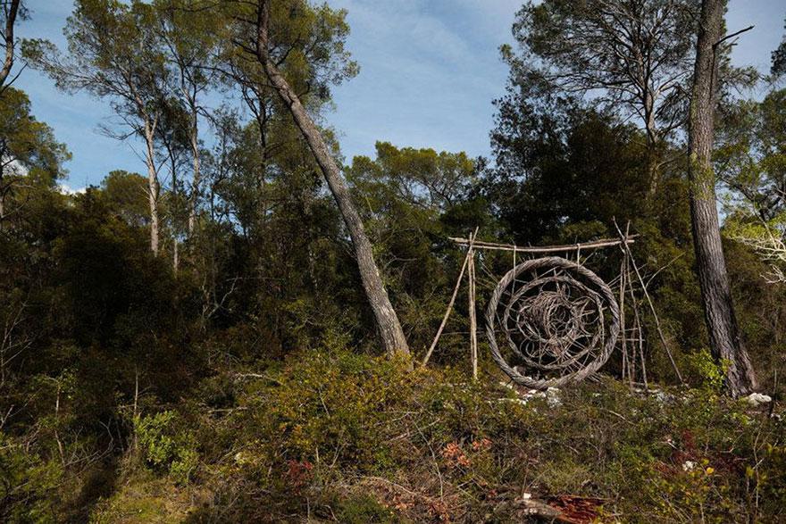 arte-sculture-organiche-foresta-boschi-natura-spencer-byles-14