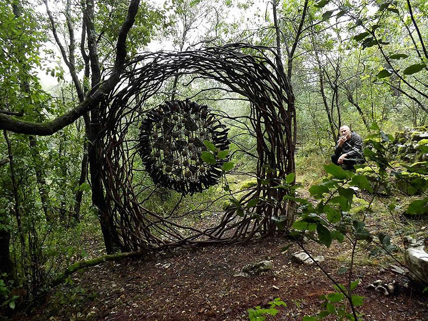 arte-sculture-organiche-foresta-boschi-natura-spencer-byles-16
