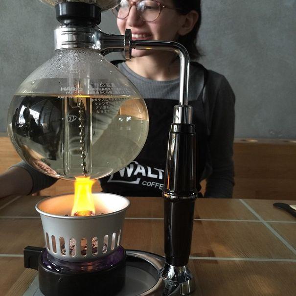 breaking-bad-ispira-coffee-shop-instambul-11