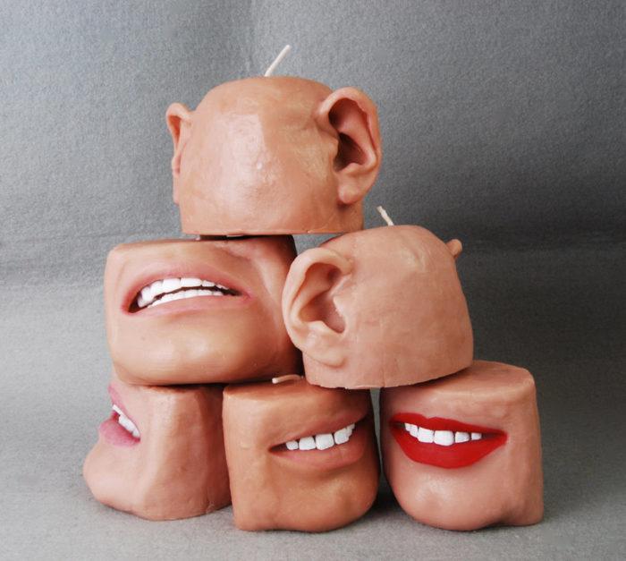 candele-profumate-raccapriccianti-bocca-orecchie-2