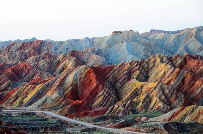 china-danxia-paesaggi-sembrano-dipinti-02