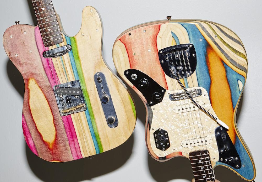 chitarre-bassi-costruiti-con-skateboard-riciclati-5