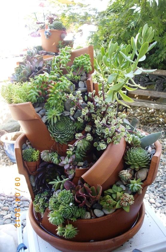 fai-da-te-vasi-rotti-riciclati-trasformati-giardini-fatati-08