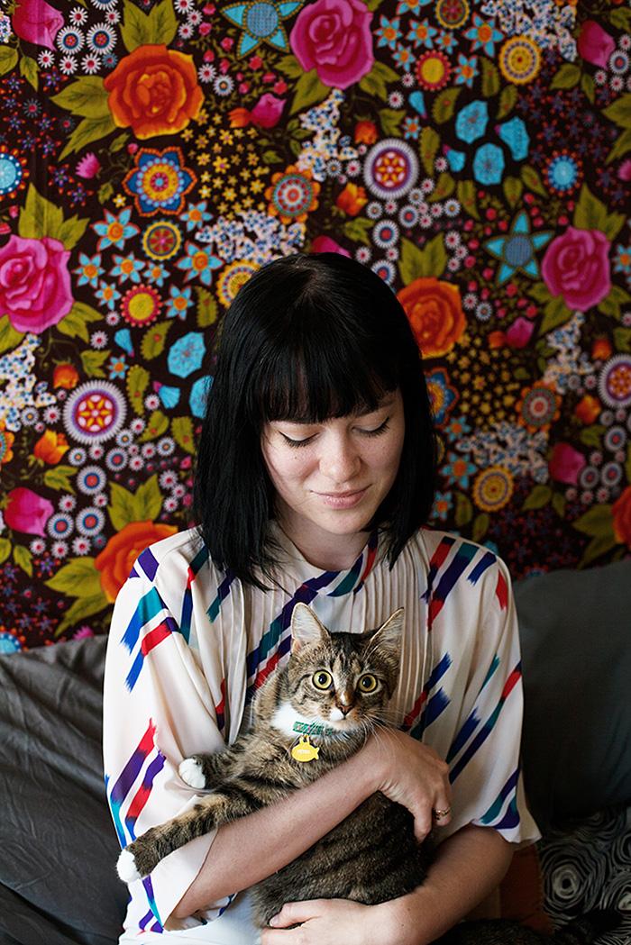 foto-di-ragazze-con-gatti-brianne-willis-05