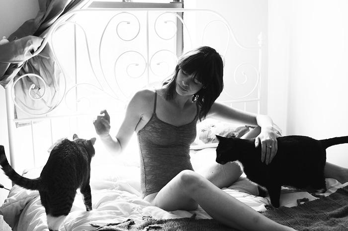 foto-di-ragazze-con-gatti-brianne-willis-17