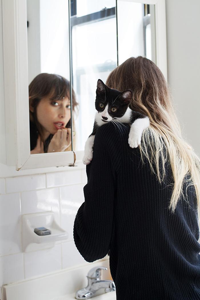 foto-di-ragazze-con-gatti-brianne-willis-19