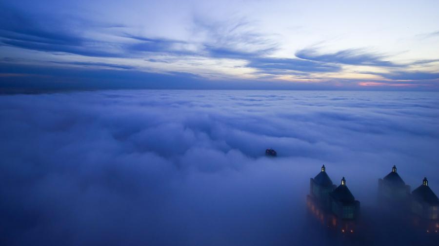 foto-grattacieli-chicago-nuvole-nebbia-peter-tsai-06