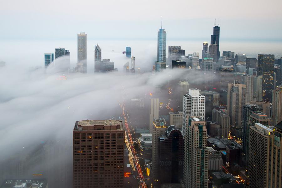 foto-grattacieli-chicago-nuvole-nebbia-peter-tsai-09