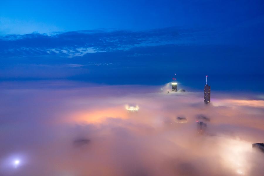foto-grattacieli-chicago-nuvole-nebbia-peter-tsai-10
