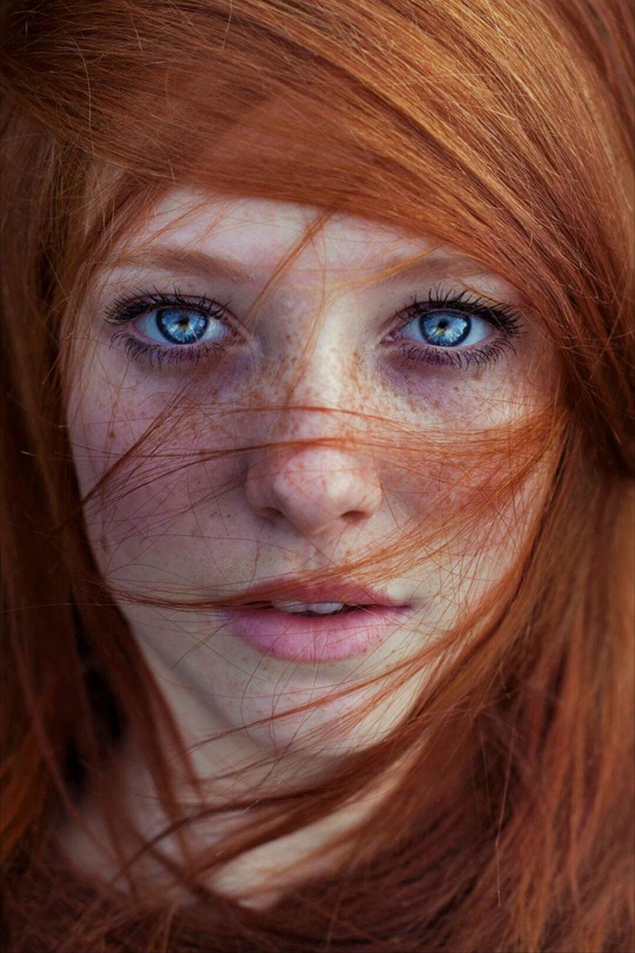 foto-ragazze-capelli-rossi-lentiggini-fiori-maja-topcagic-01