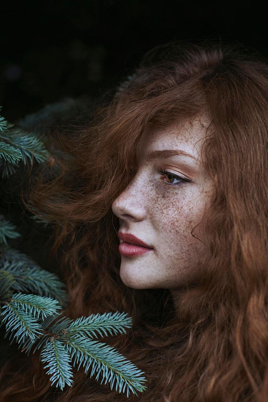 foto-ragazze-capelli-rossi-lentiggini-fiori-maja-topcagic-07