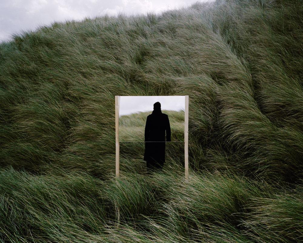 fotografia-surreale-specchio-guillaume-amat-10