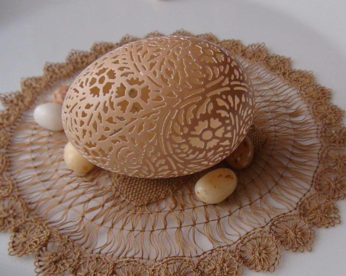 gusci-uovo-incisi-decorazioni-pasqua-beth-ann-magnuson-10
