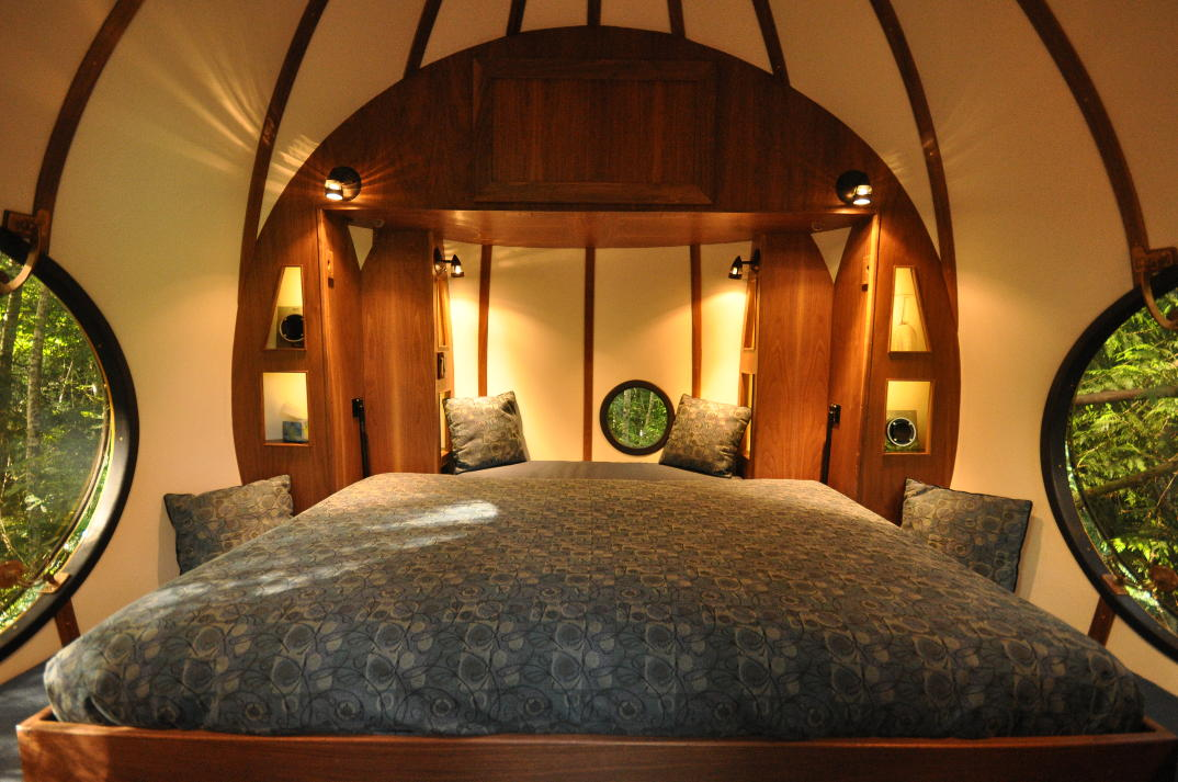 hotel-piu-bizzarri-al-mondo-alberghi-strani-free-spirit-spheres-1
