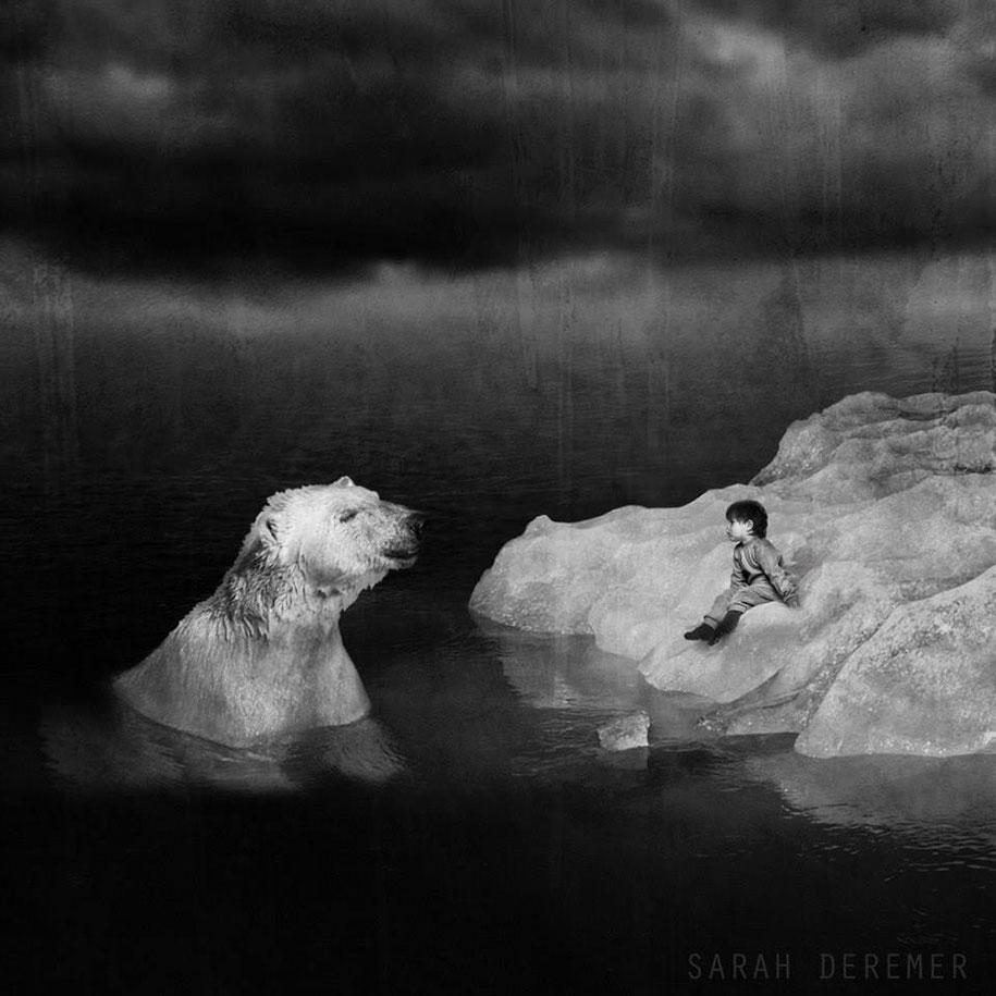 immagini-fotografia-surreale-bianco-e-nero-animali-ibridi-sarah-deremer-10