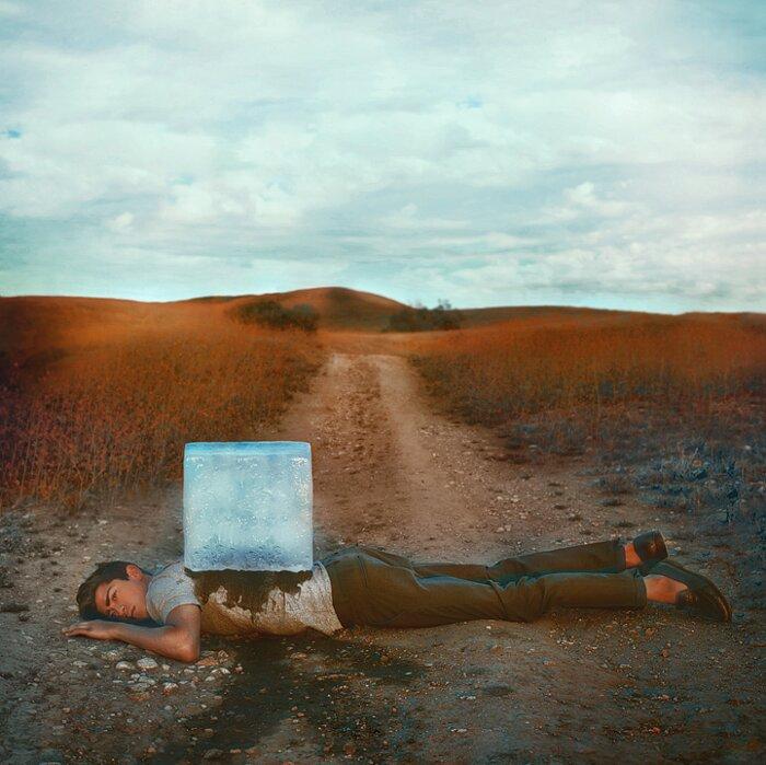 immagini-fotografia-surreale-robby-cavanaugh-10