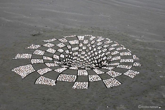 installazione-arte-sabbia-illusione-ottica-prospettiva-nightingale-rendu-4