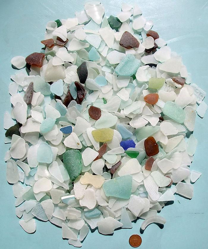 mare-vetri-riciclati-sculture-parete-jonathan-fuller-06