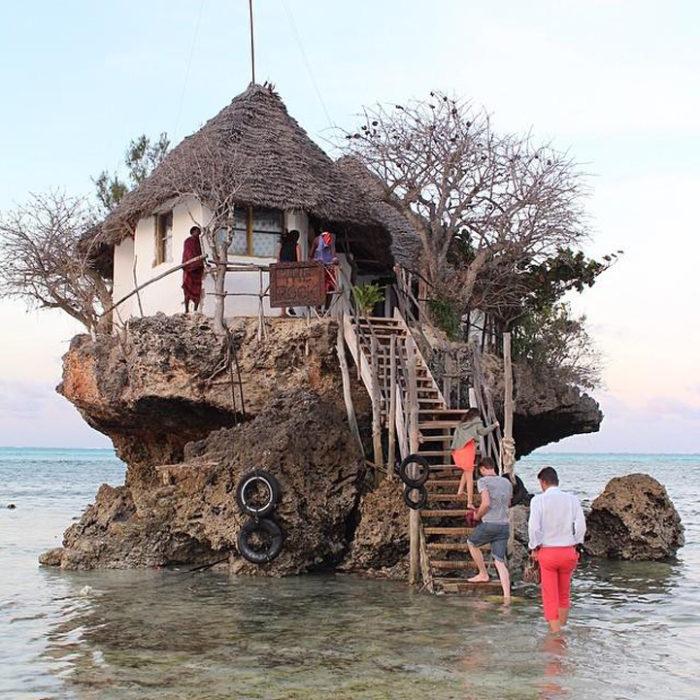 ristorante-su-roccia-zanzibar-tanzania-the-rock-restaurant-04