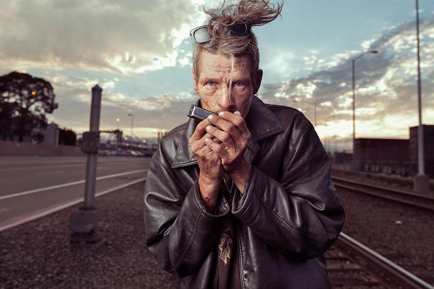 ritratti-foto-senzatetto-usa-california-underexposed-aaron-draper-02