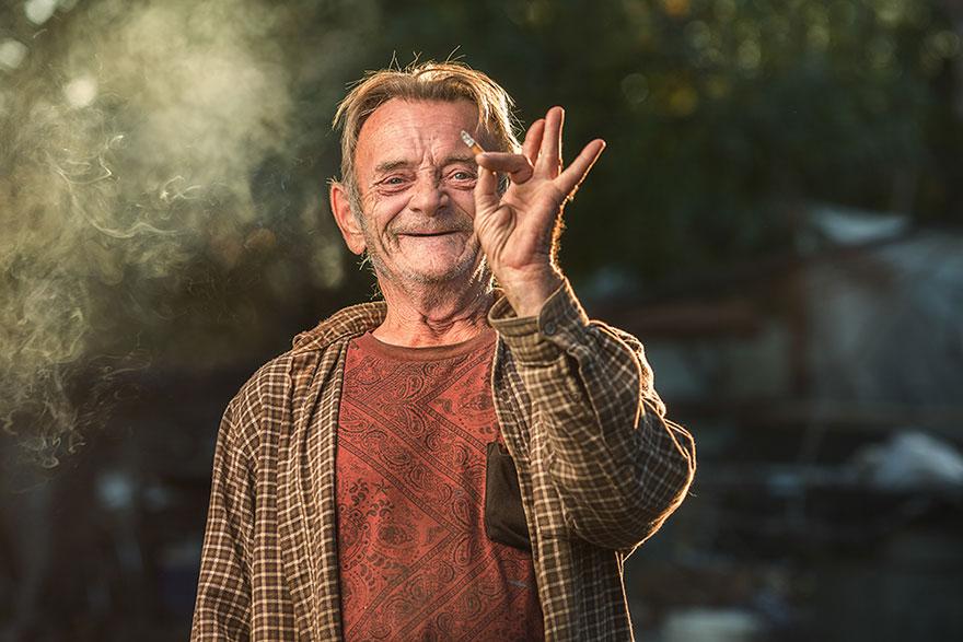 ritratti-foto-senzatetto-usa-california-underexposed-aaron-draper-09
