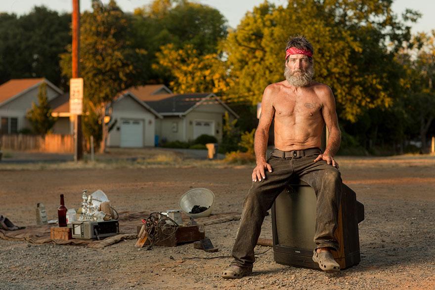 ritratti-foto-senzatetto-usa-california-underexposed-aaron-draper-14