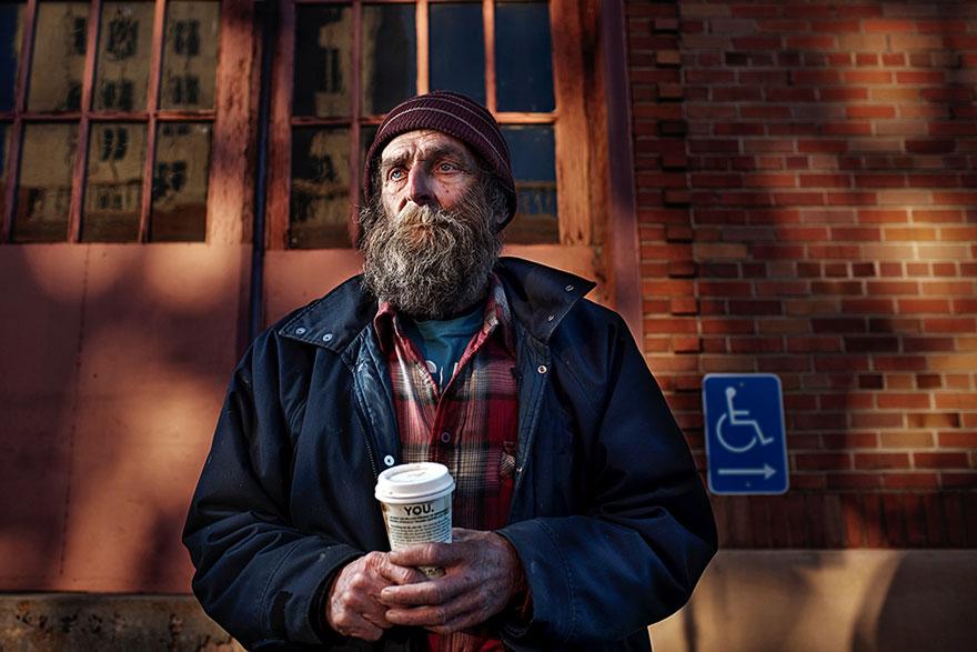 ritratti-foto-senzatetto-usa-california-underexposed-aaron-draper-17