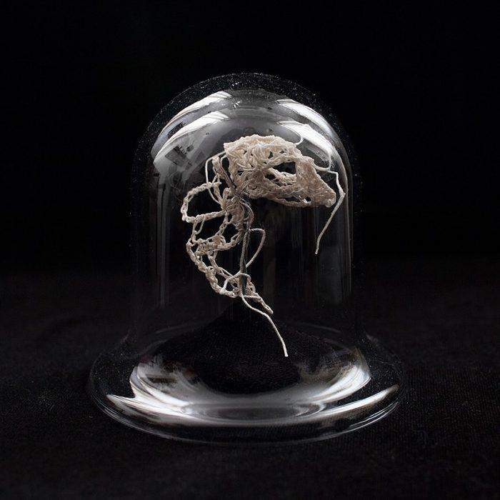 scheletri-animali-uncinetto-caitlin-mccormack-5