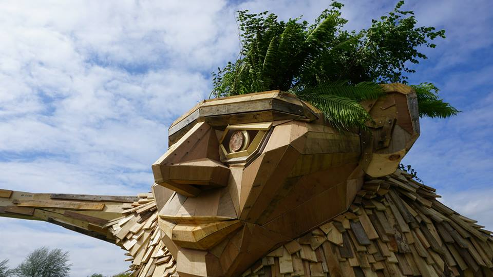 sculture-giganti-legno-materiale-riciclato-thomas-dambo-5