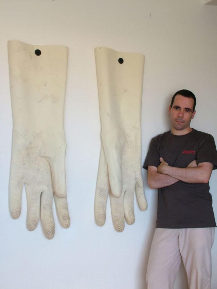 sculture-oggetti-comuni-giganti-romulo-cedran-09