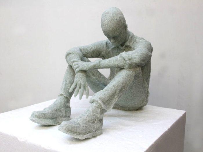 sculture-vetri-rotti-solitudine-daniel-arsham-3