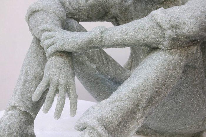 sculture-vetri-rotti-solitudine-daniel-arsham-4
