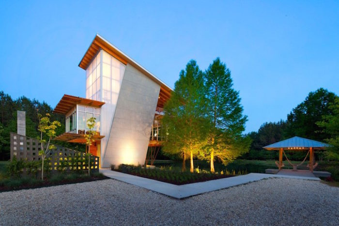 Tranquil-pound-house-casa-ecosostenibile-05